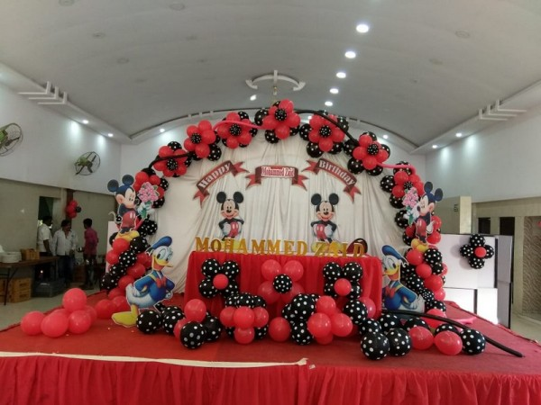 Cute Mickey Mouse Theme Decoration
