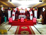 Red And White Balloon Decoration
