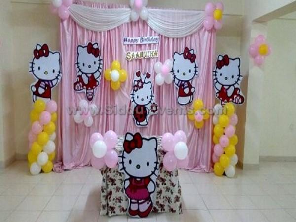 Simple Hello Kitty Theme Decoration