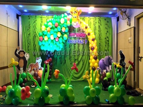 Crazy Jungle Decoration