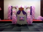 Drape With Matalic Balloon Decoration