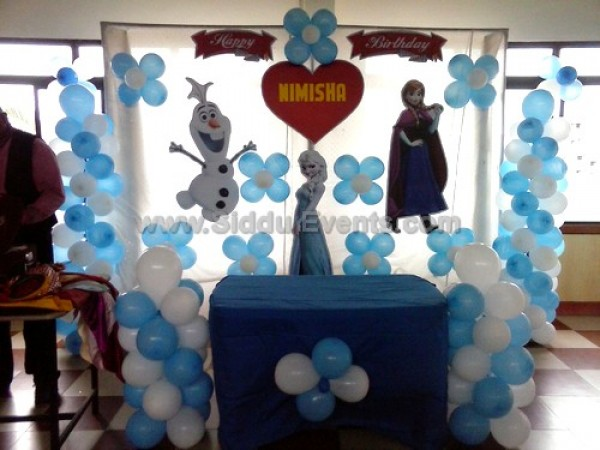 Basic Frozen Theme Decoration