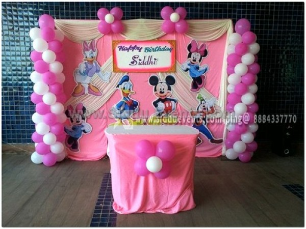 Simple Micky And Minnie Decoration