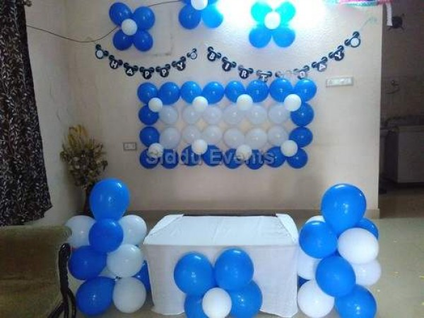 Best Blue And White Balloon Hall Decoration