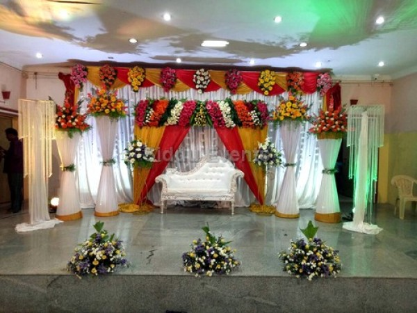 Traditional Engagement Flower Decoration