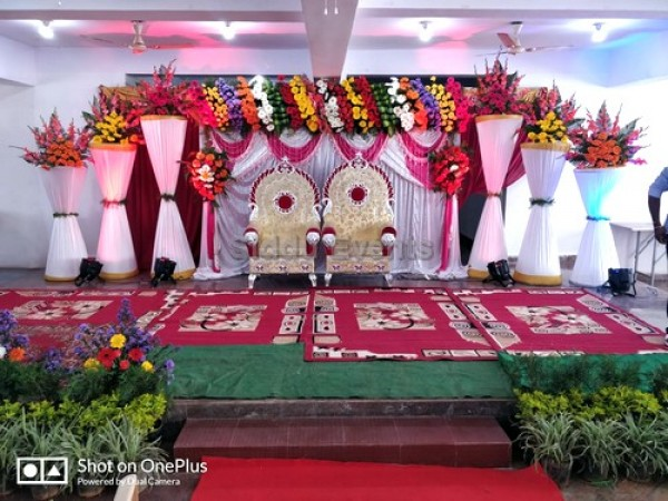 Traditional Engagement Decoration
