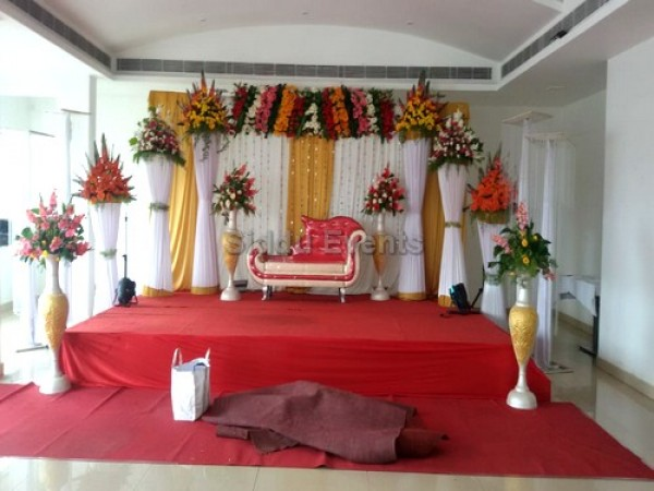 Simple Traditional Wedding Decoration