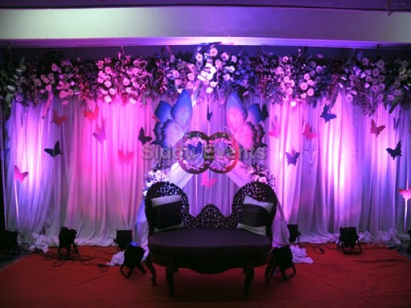 Elegant Wedding Backdrop Decoration 1